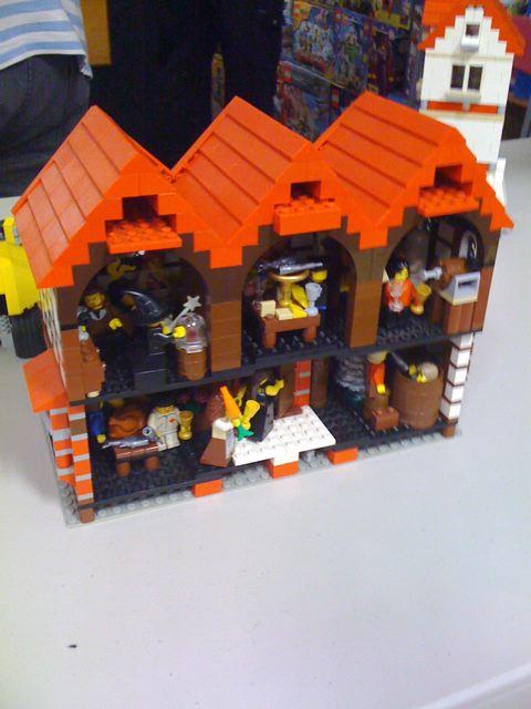 BLTG Christmas MOC Tudor_style_house