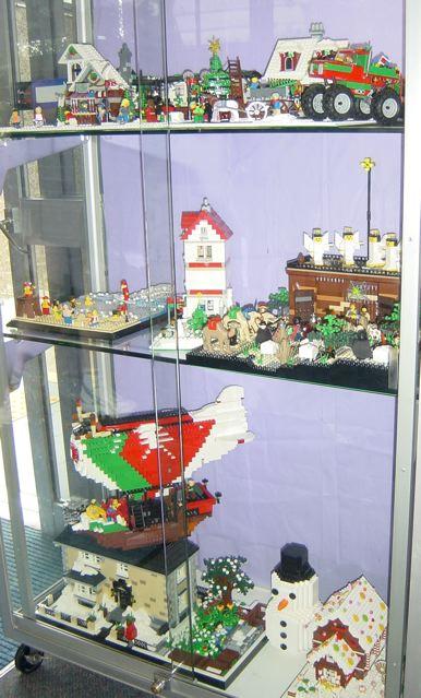 Christmas display at Annerley Library Display_at_library