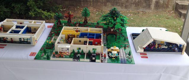 Hummingbird House in LEGO Bricks Img_2939