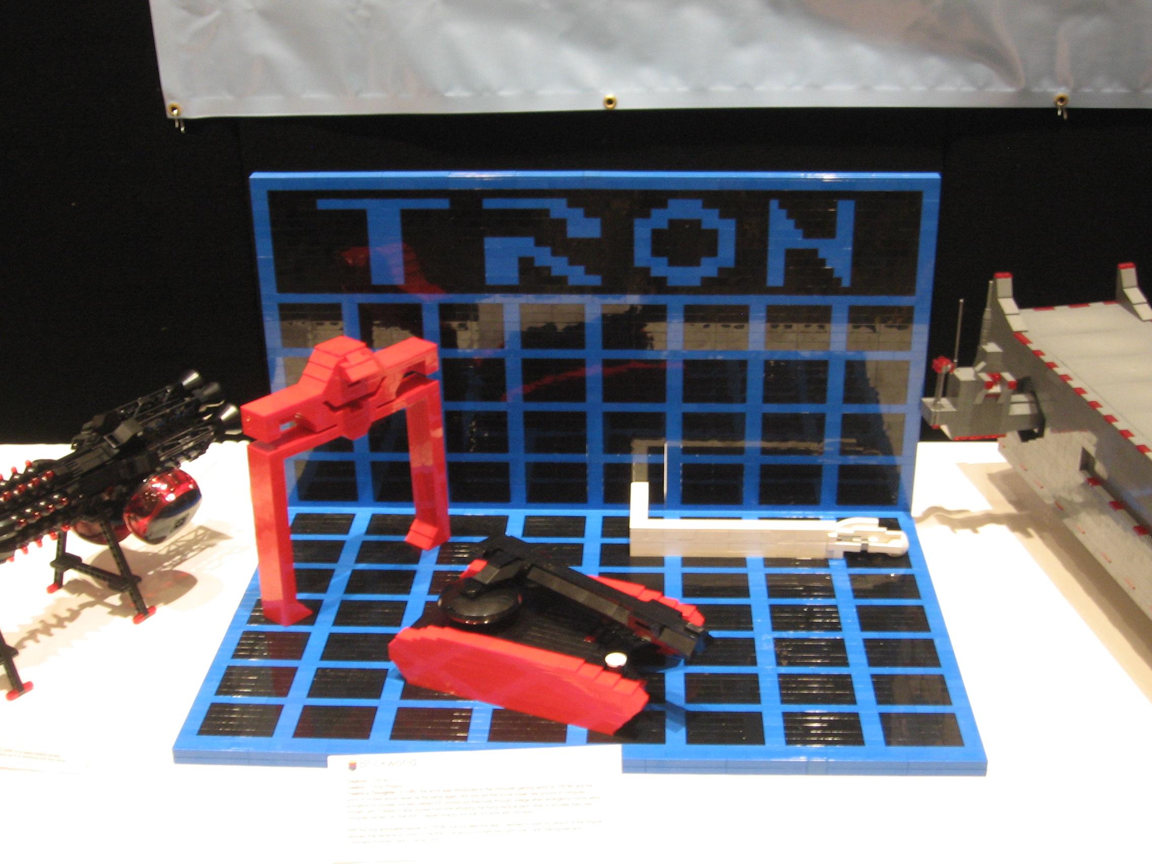 Brick World 2010 Tron