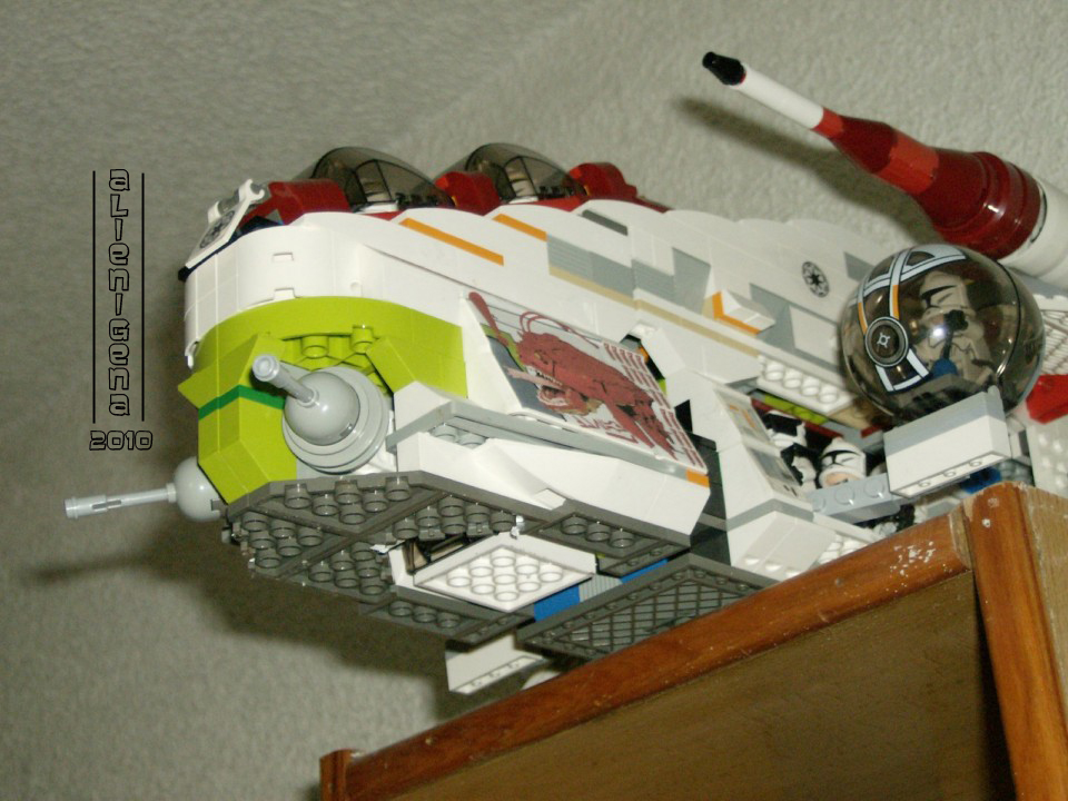 moc_republic_gunship_01.jpg