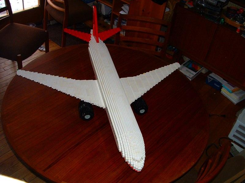 Nieznany samolot