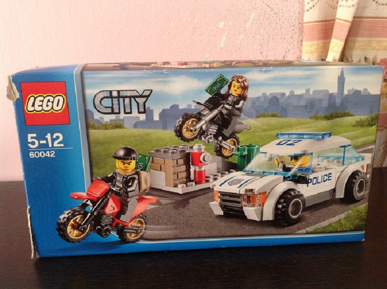 Review]Lego 60042 High Speed Police Chase - LEGO Town - Eurobricks ...