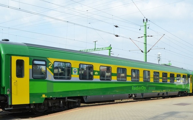 tn4-ic-kocsi_atadas_kep_vonat2.jpg
