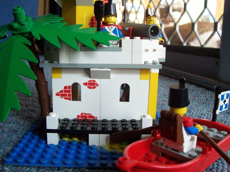 lego_fort_-_6.jpg
