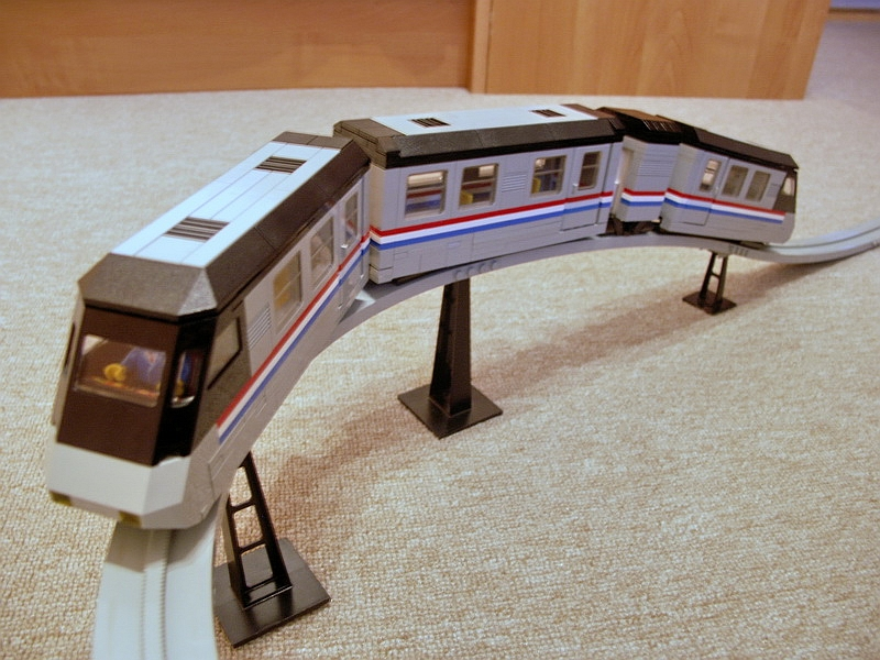 Metroliner Monorail.