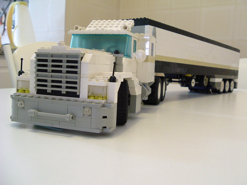 bigtruck03.jpg