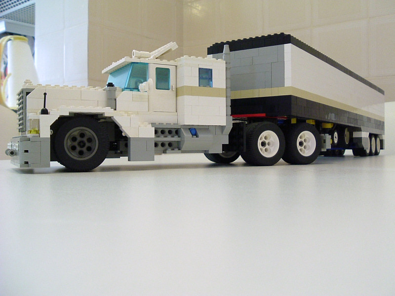 bigtruck07.jpg