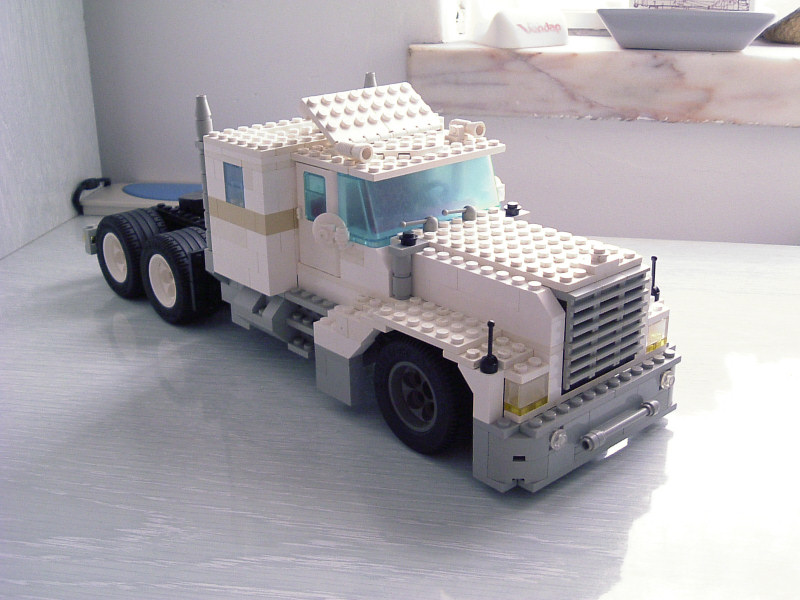 bigtruck09.jpg