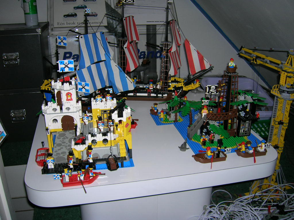 d_-_all_piratesets_from_1989_-1.jpg
