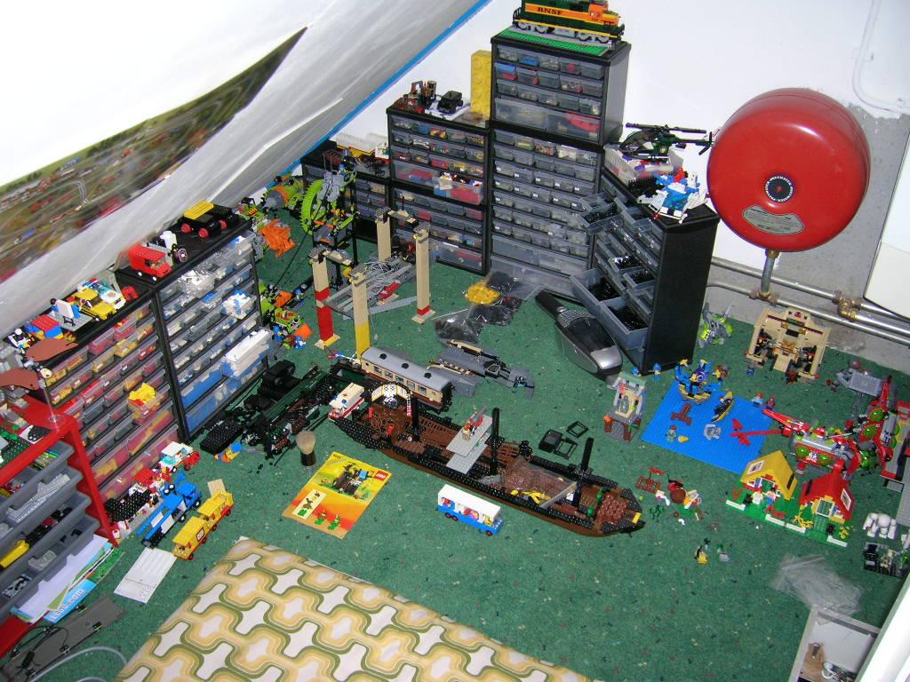 Brickshelf gallery p building for Builders in my area