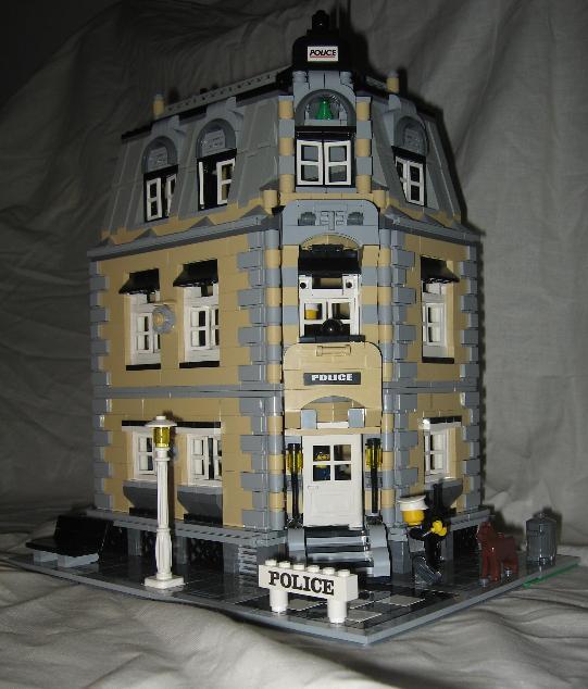 blohmton_police_station_01.jpg