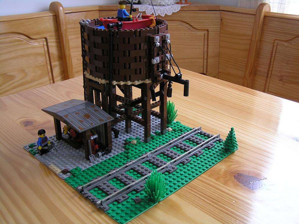 wooden_water_tower04.jpg