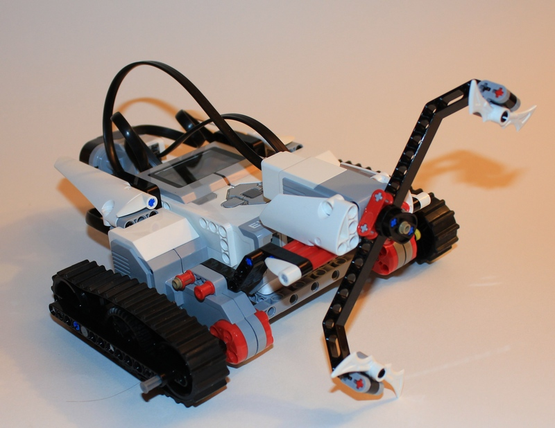 how to turn on a ev3 brick