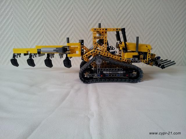 review  tracteur sur chenilles  42006