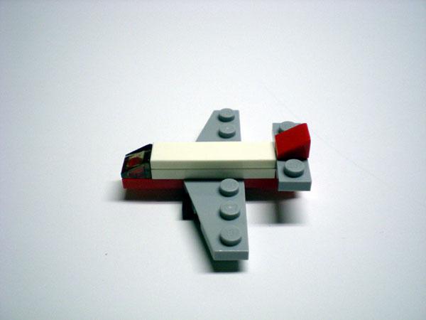 09-airplane.jpg
