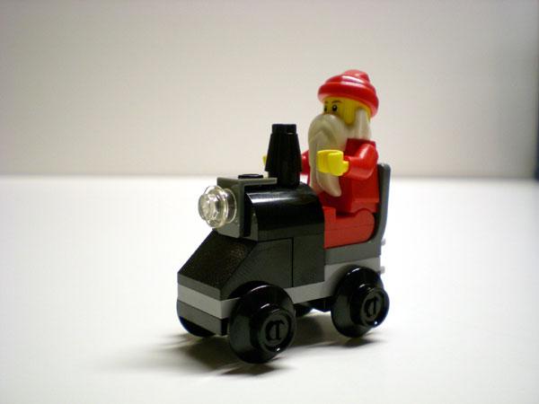 24-santa-engine.jpg