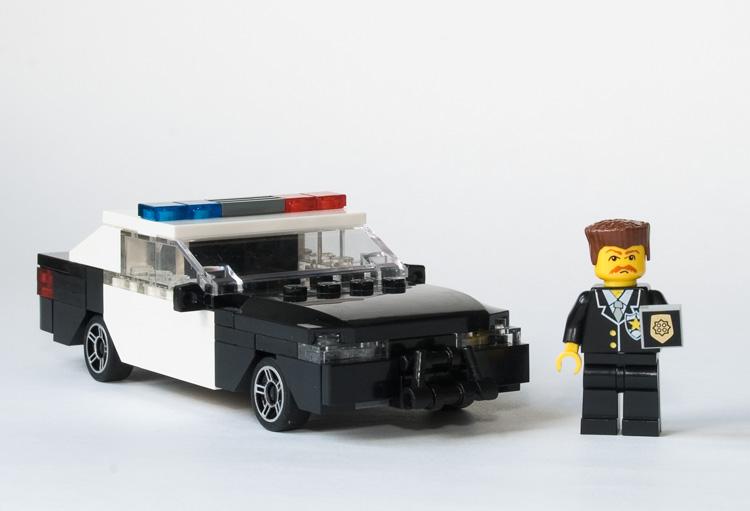 Как сделать из лего полицию машину