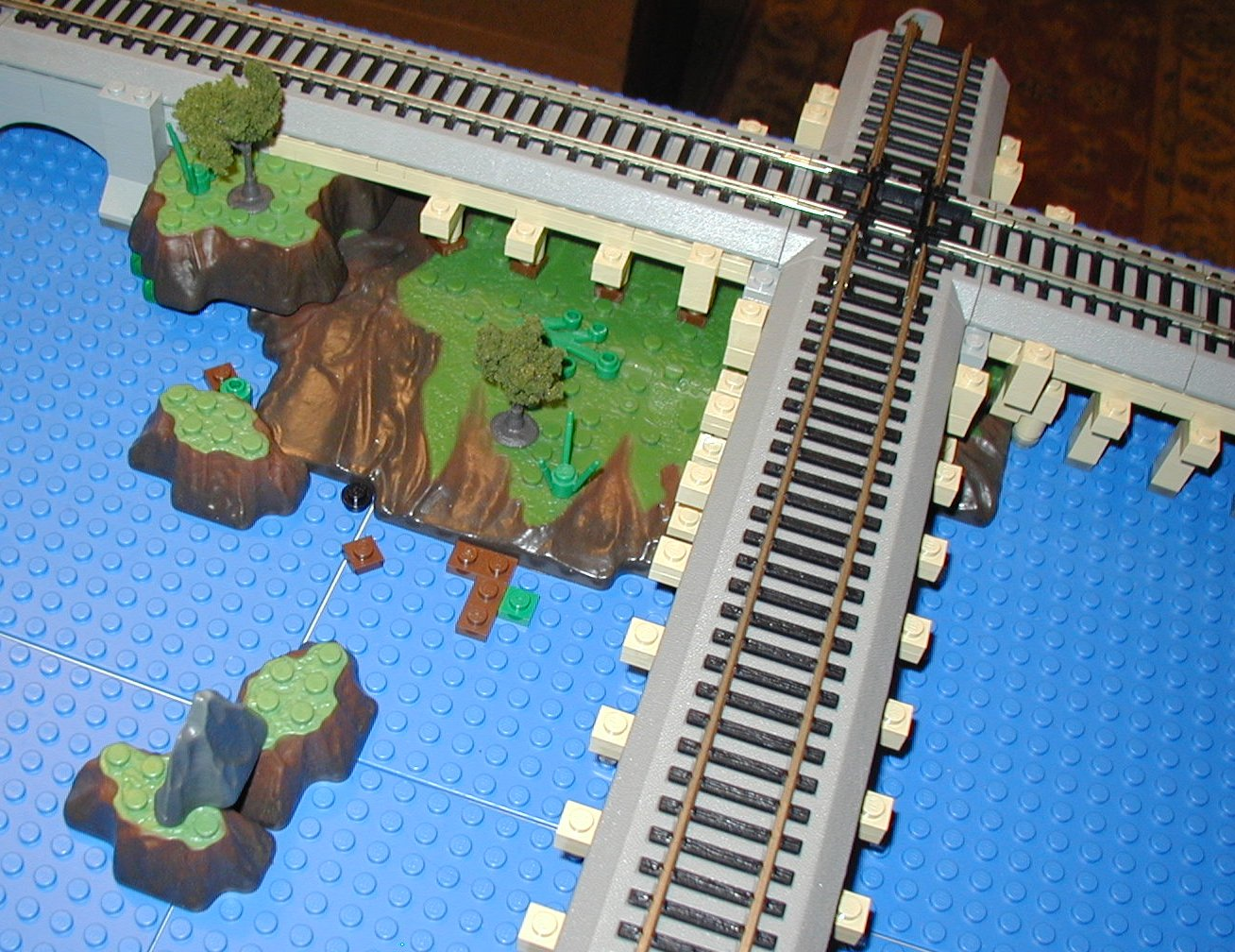 2007-01-04-thr-lego-mega-ho-trains5.jpg