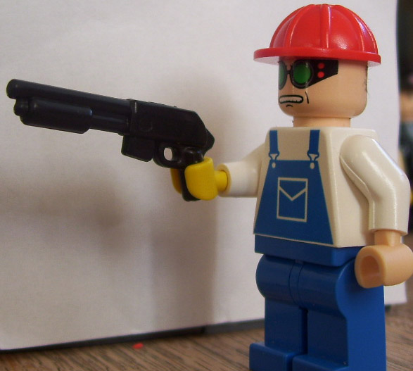 TEAM FORTRESS 2 LEGO: Meet the Engineer and his Buildables