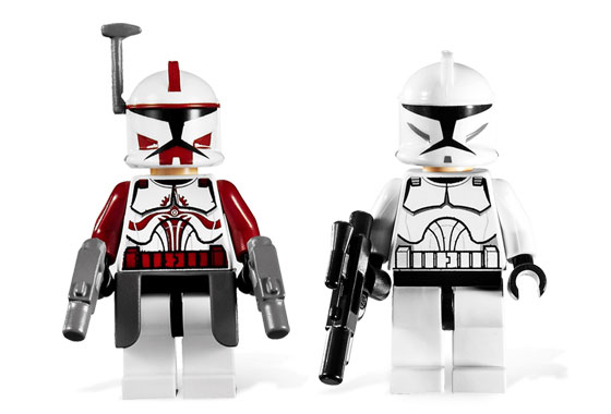commander_fox_and_clone_trooper.jpg