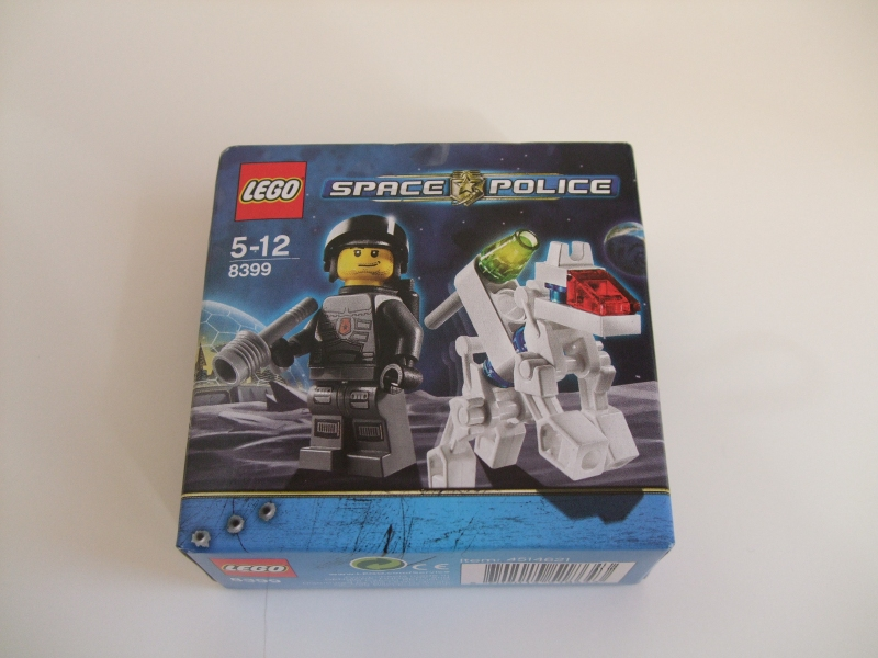 Review: 8399 K-9 Bot