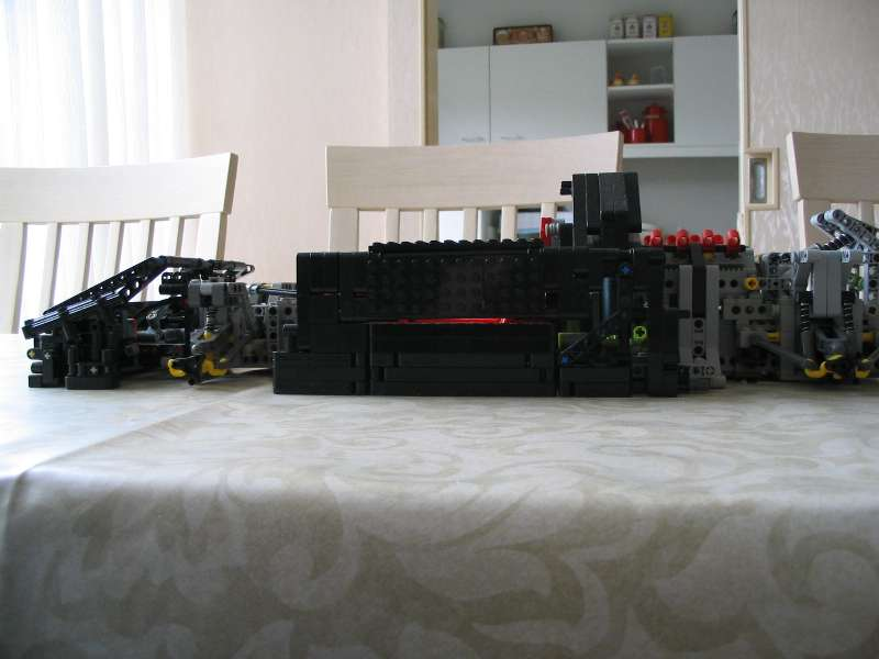 lego_supercarchassis_010.jpg