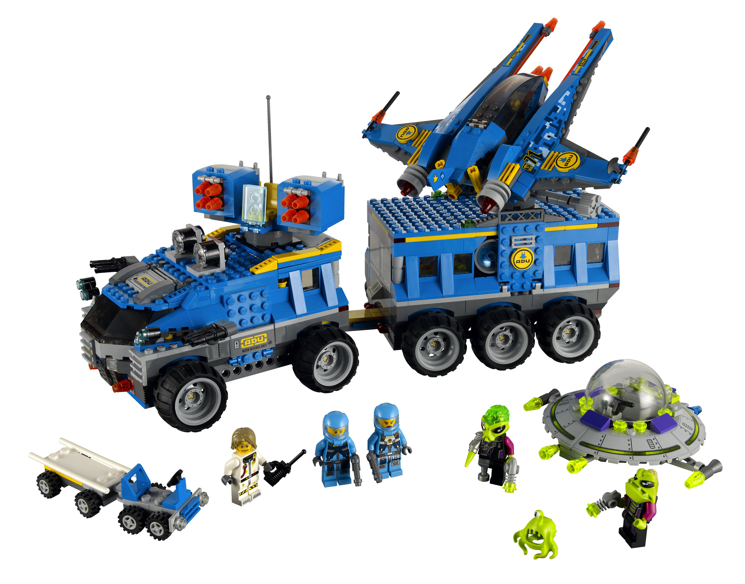 7066_lego_earth_defense_hq.jpg