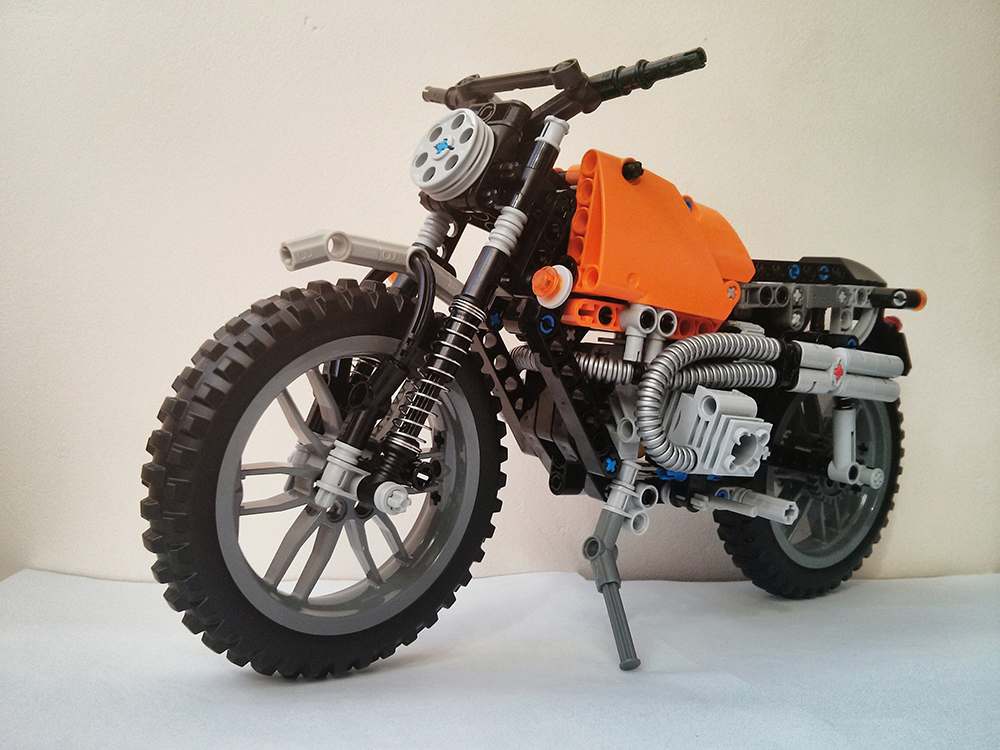 lego technic motorcycles bmw r100 scrambler by florin. Black Bedroom Furniture Sets. Home Design Ideas