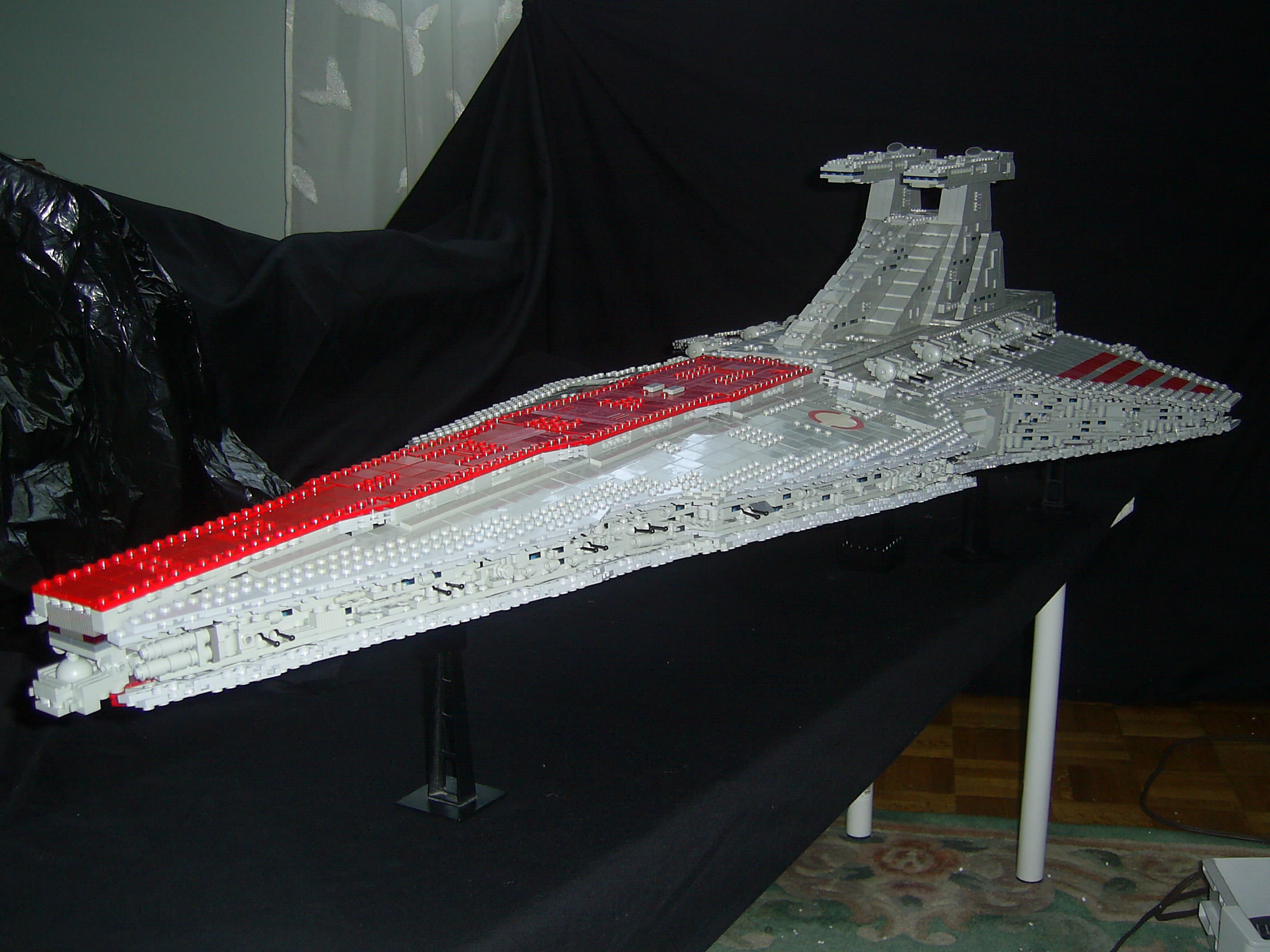 Как сделать корабль звёздные войны 42