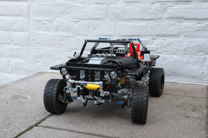 a_jeep_hurricane_lego_technic0020.jpg