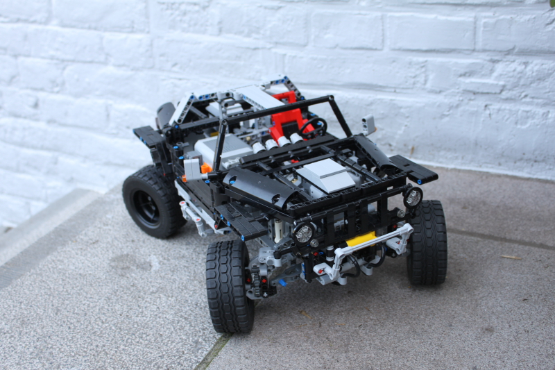 jeep_hurricane_lego_technic001.jpg