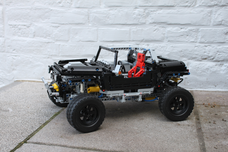 jeep_hurricane_lego_technic0021.jpg