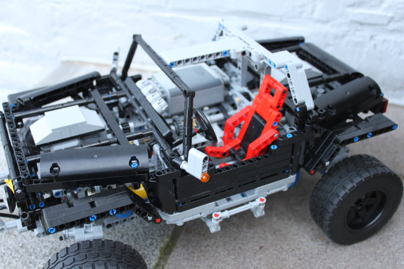 jeep_hurricane_lego_technic018.jpg