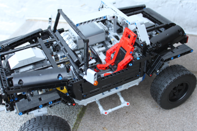 jeep_hurricane_lego_technic019.jpg
