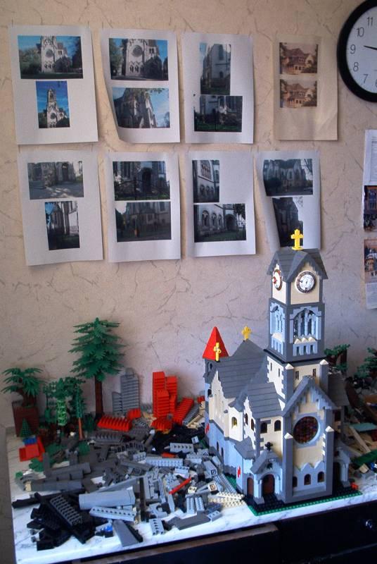 Luther-Kirche beim Bau aus LEGO®