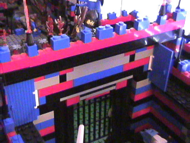 lego_castle_battle_diorama_mar19_2006_29.jpg