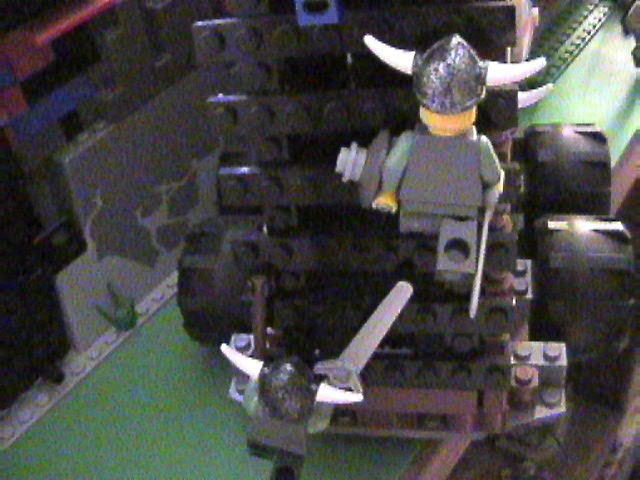 lego_castle_battle_diorama_mar19_2006_44.jpg