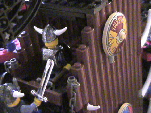 lego_castle_battle_diorama_mar19_2006_47.jpg