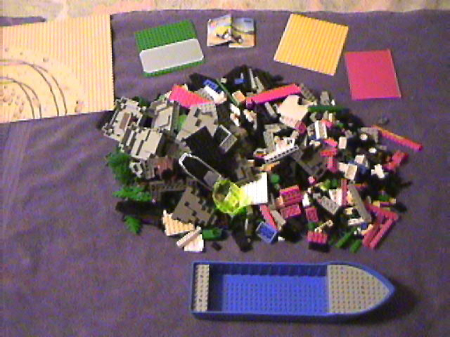 lego_yard_sale_purchase_lot_5-28-2006_27.jpg