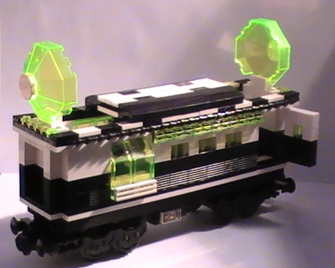 cult_blacktron_railway_carriage_j.jpg