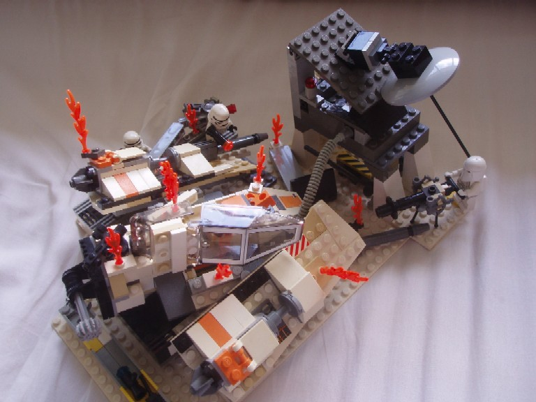 attack_on_snowspeeder_bay_version_2_view_4.jpg