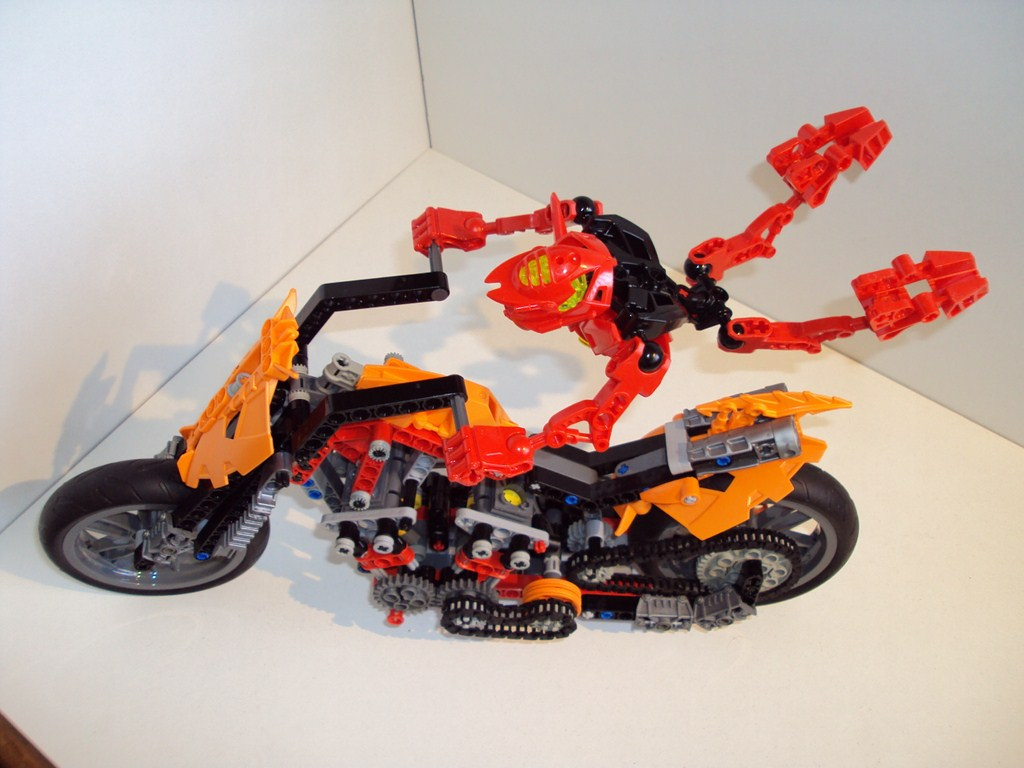 technic_hero_fuison_09.jpg