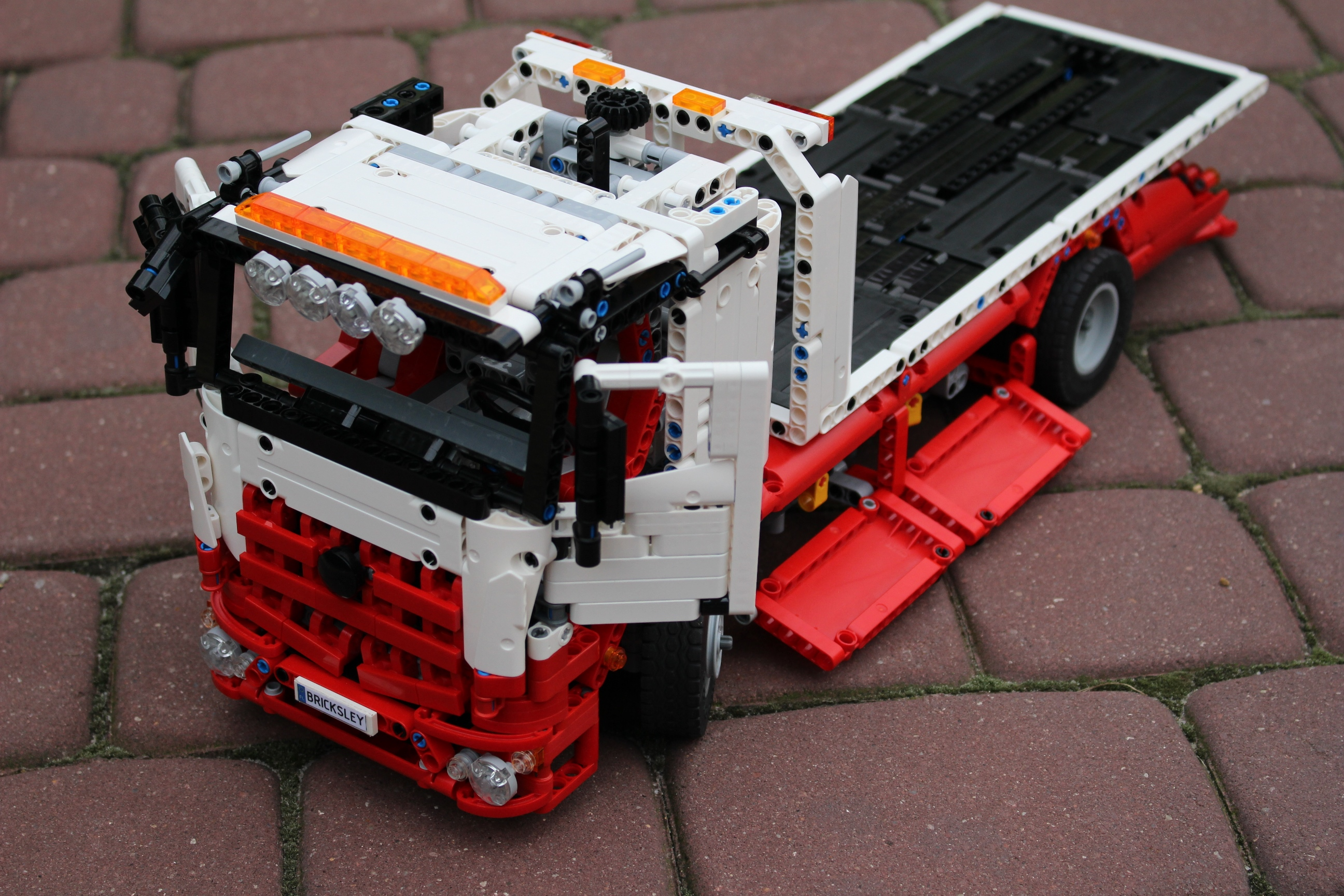 moc flatbed recovery truck lego technic mindstorms model team eurobricks forums. Black Bedroom Furniture Sets. Home Design Ideas