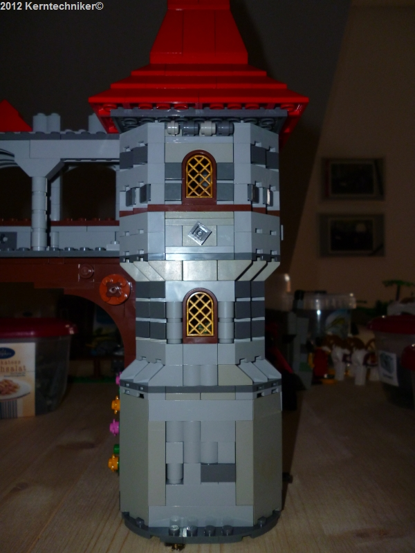 back_joust_tower_05.jpg