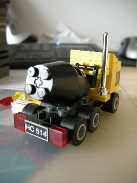 7876creator025.jpg