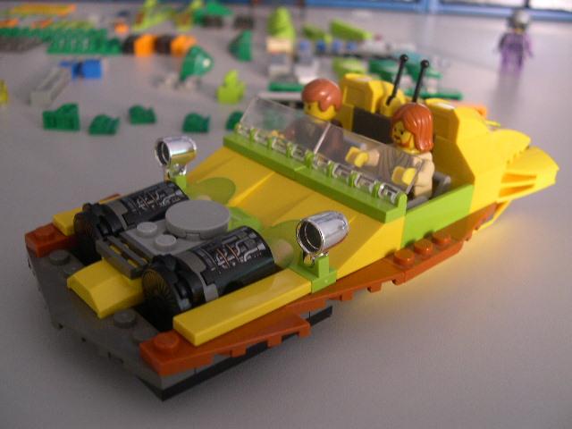 Speeder Amarelo