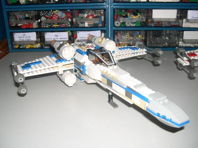 X-wing azul