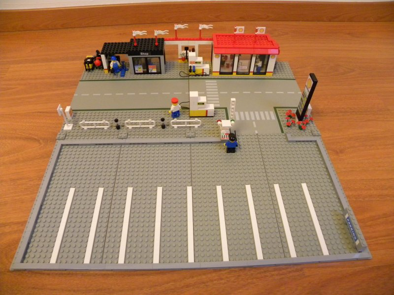 Portable Parking Structure >> Enhanced Big Rig Truck Stop 6393 - LEGO Town - Eurobricks Forums