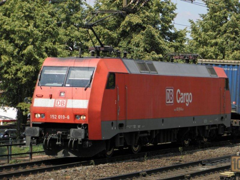 db152-004.jpg